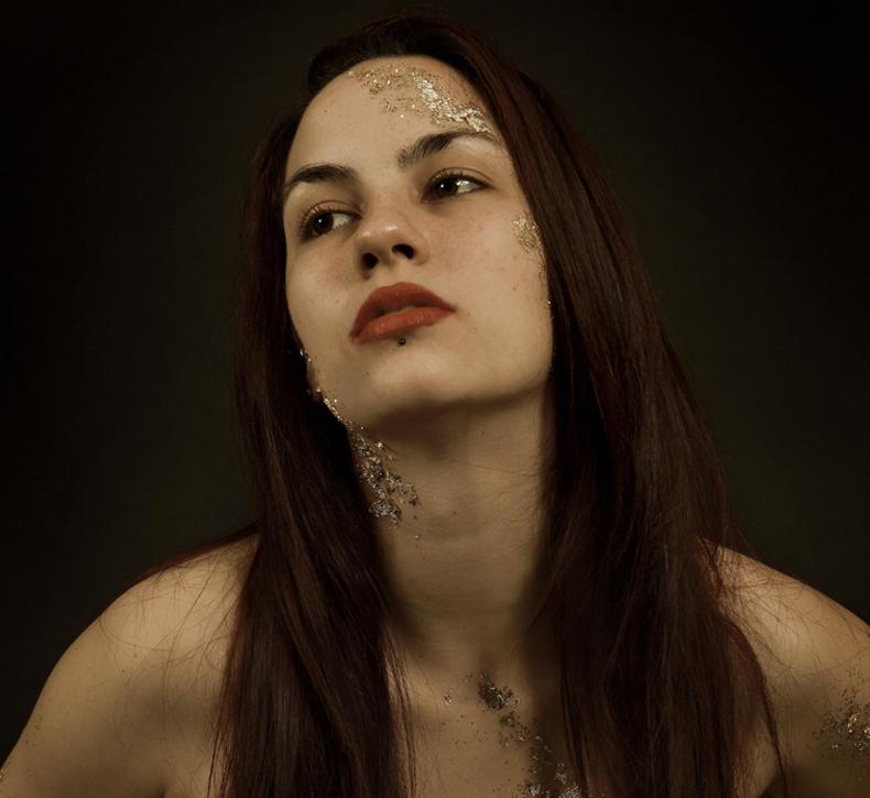 portrait photo femme seule